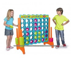 Giant Connect 4 - Vibrant Color